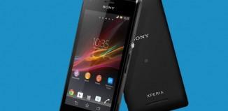 Sony Xperia M prednji i stražnji dio uređaja